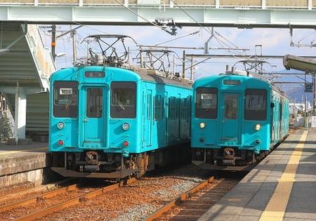 DEL_15_105系_IMG_8125 - コピー (2).jpg