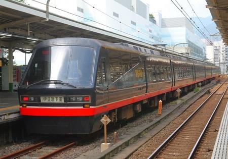 DEL_15_20210711_黒船電車 - コピー.jpg