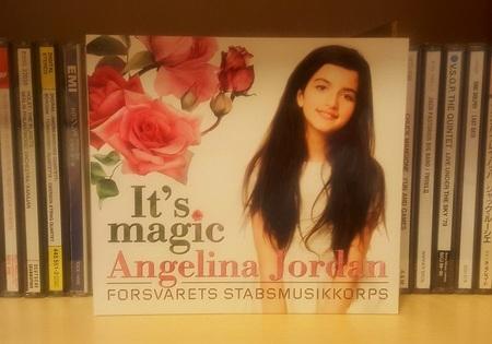 DEL_18_Angelina - コピー.jpg
